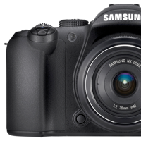 Samsung NX10: A Digital SLR in a Compact Hybrid Body